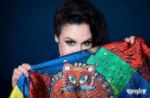 Алена Гребенюк презентует платок «Диво-Кот» 85#85